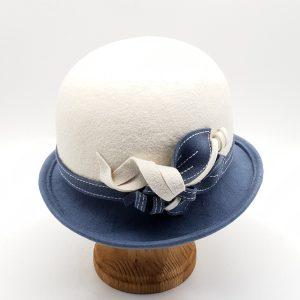 Модель 002 белый / голубой